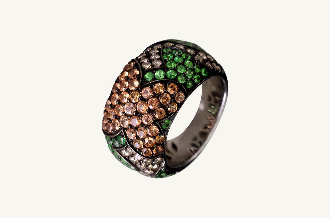 Chameleon – Sapphires, Tsavorites and Diamonds